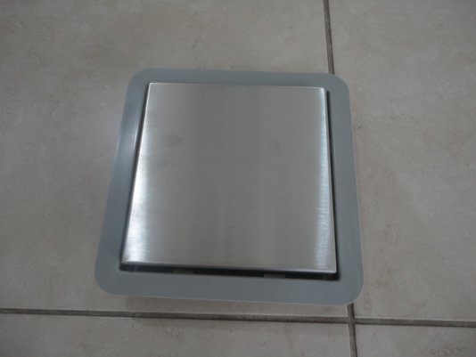 Ralo Square Inox (210) base PVC com tampa inox 15X15 RALO LINEAR